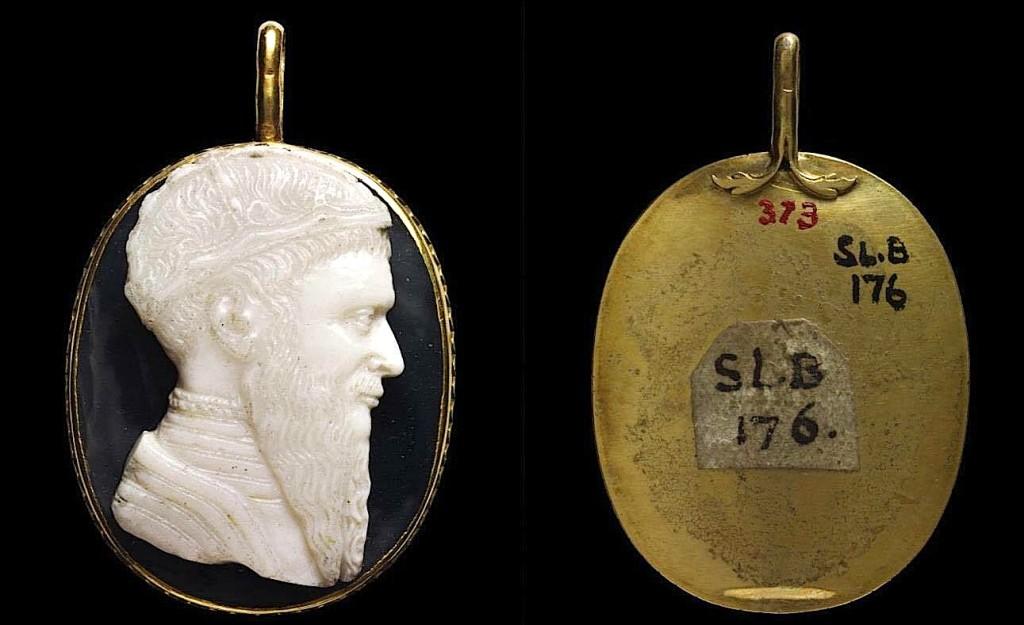 Varsja me portretin e Skënderbeut