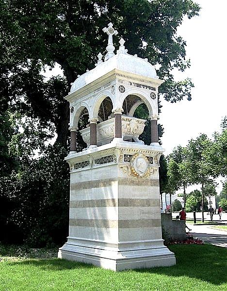 Varri Monumental i Karl Ritter von Gega