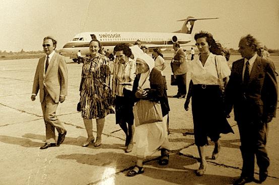 Nënë Tereza gjatë vizitës në Shqipëri 1990