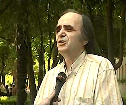 Studiuesi Niko Stillos
