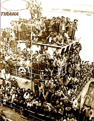 Braktisja e madhe - 16.000 vetë brenda 30 orëve lanë Durrësin drejt Italisë