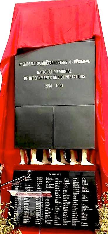 Memorialit Kombëtar të Internim - Dëbimeve