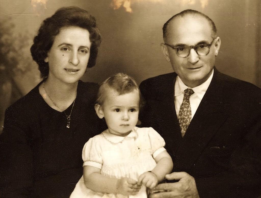 Familja Markarian dhe unë 1 vjeçe