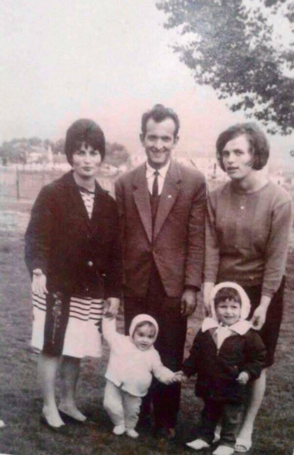 Familja e Bardhyl Kelmendit