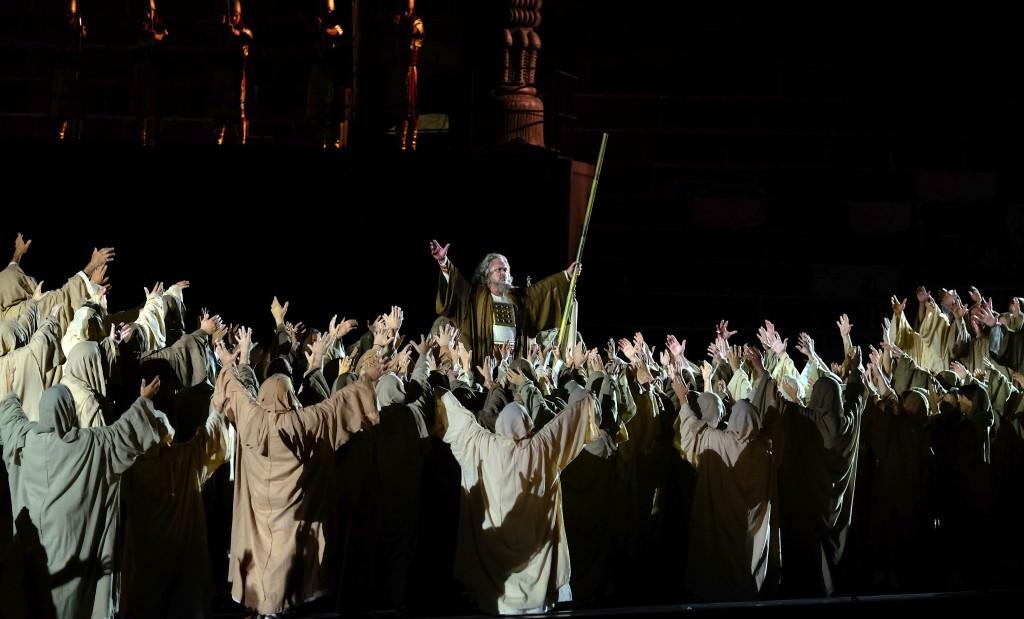 Kori i Skllevërve nga opera Nabucco Donossor