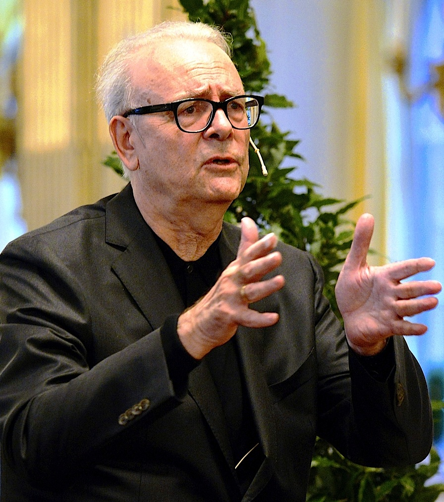 Patrick Modiano (1945)  - Nobel 2014