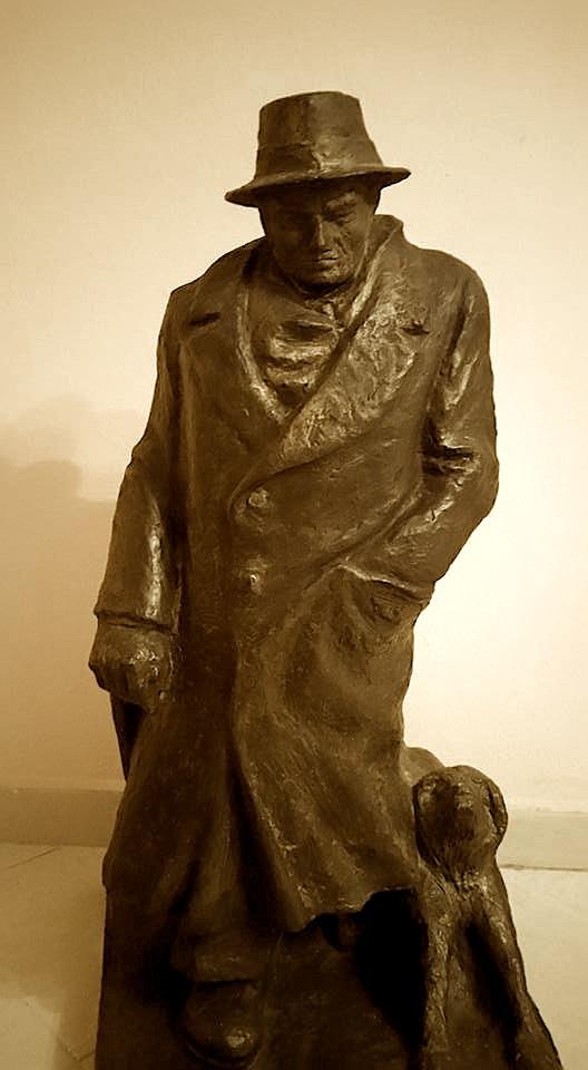 Statuetë e Lasgushi nga Vaskë Basho