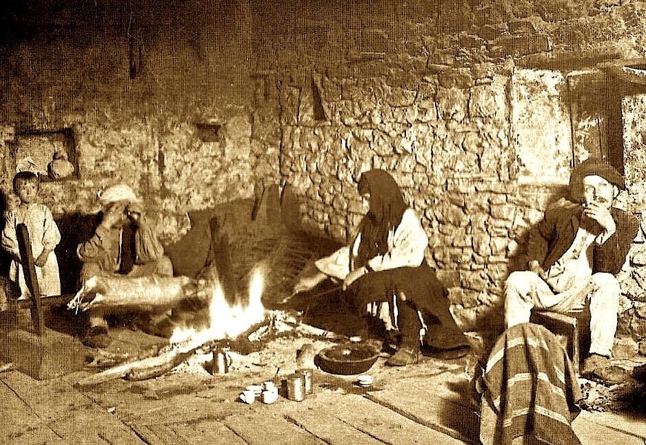 Foto e vjetër e nji udhëtari të huej në malsi