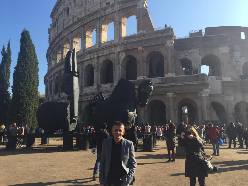 Colosseu dhe shkrimtari Palluqi