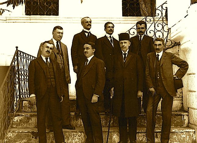 Mehdi Frashëri, Hiqmet Delvina e të tjerë në Kongresin eLushnjes