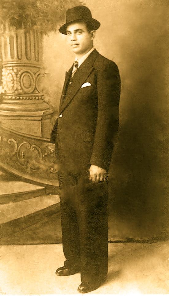 Aqif Kashahu (1910-1047)