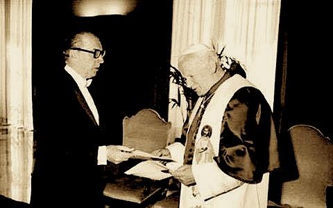 Wili Kamsi dhe Papa Gjon Pali i Dyte