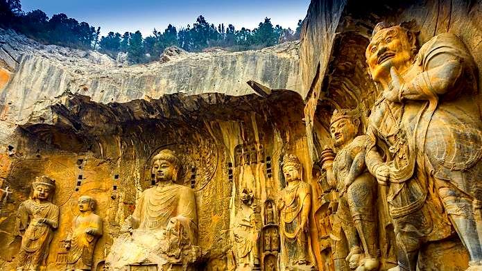 Kina - Dinastitë e Lashta - Shpella e Longmen-it