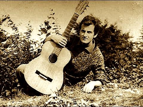 Jusuf Gërvalla dhe pasioni i tij për muzikën