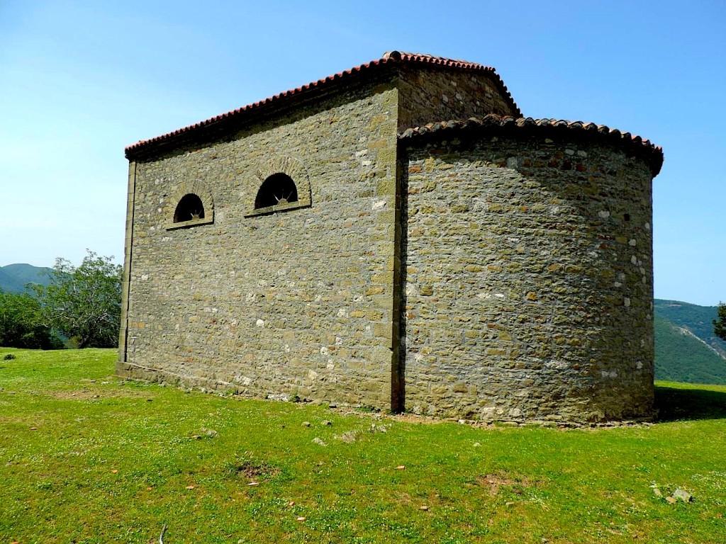 Kisha e Rindërtuar e Shna Premtes