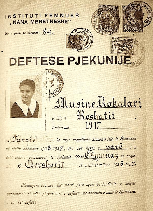 """Dëftesa e përfundimit të Institutit """"Nana Mbretneshë"""" Musine Kokalari viti 1937"""