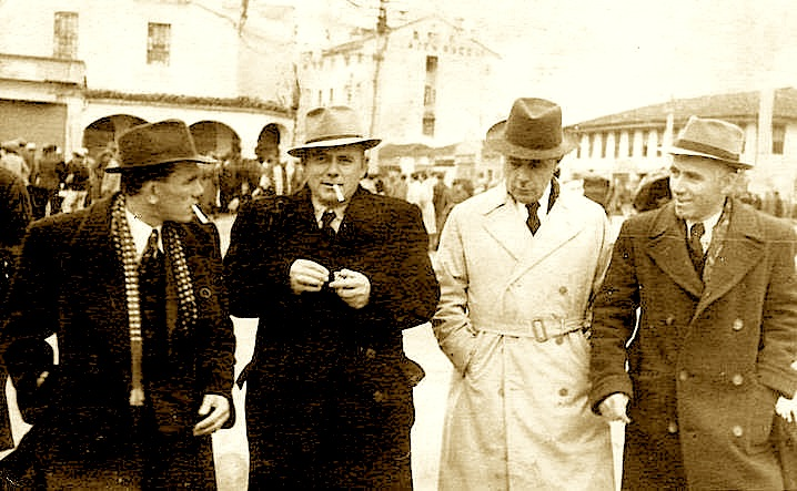 Pak muaj para arrestimit Nga e majta në të djathtë : Hamit Rami, Abdulla Rami, Fejzo Hoxha, Hasan Rami - Tiranë 1943
