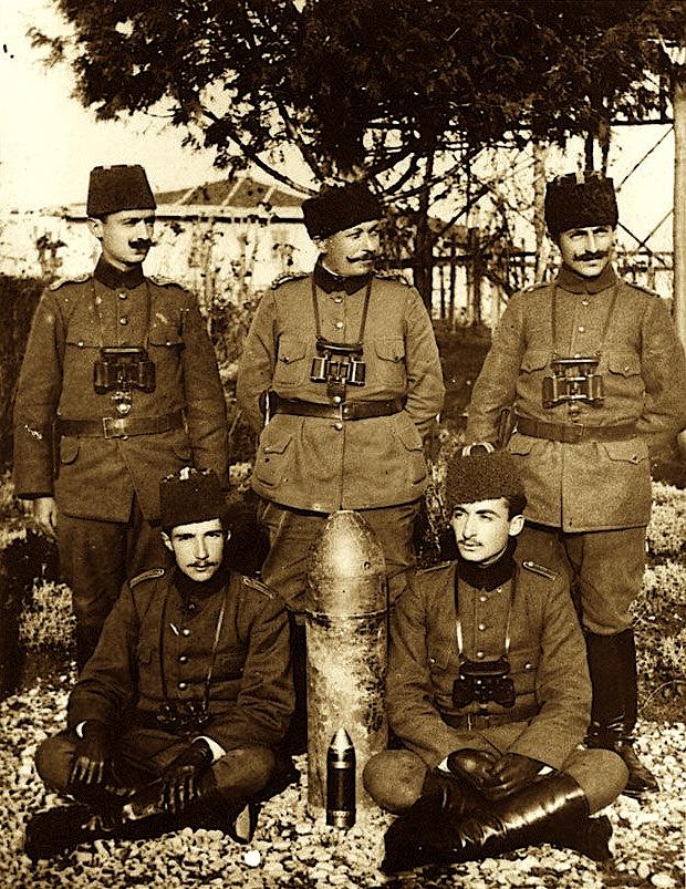 Hasan Riza Pasha dhe shtabi i tij