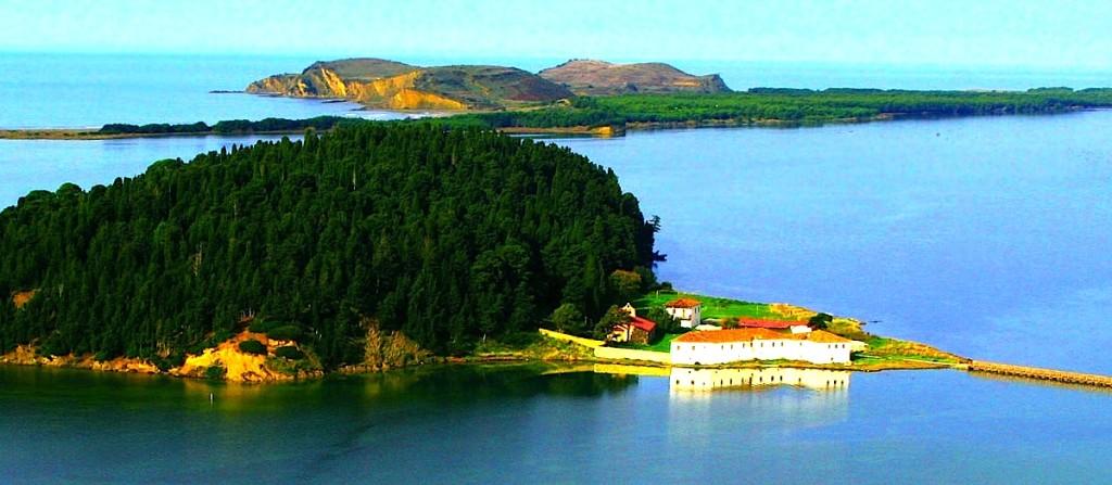 Manastiri i Zvërnecit - Vlorë