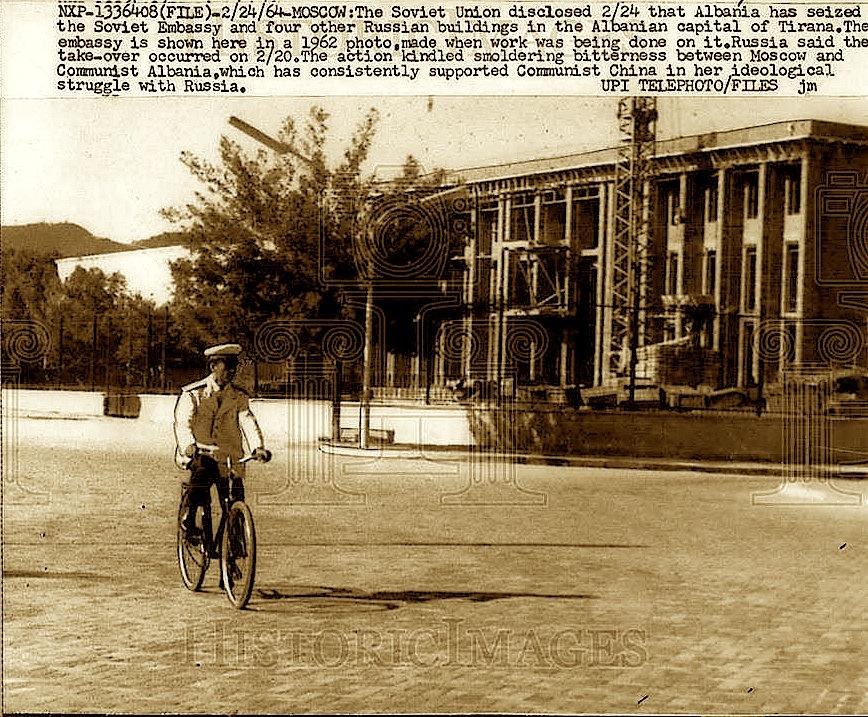 Ambasada Sovjetike - Tiranë