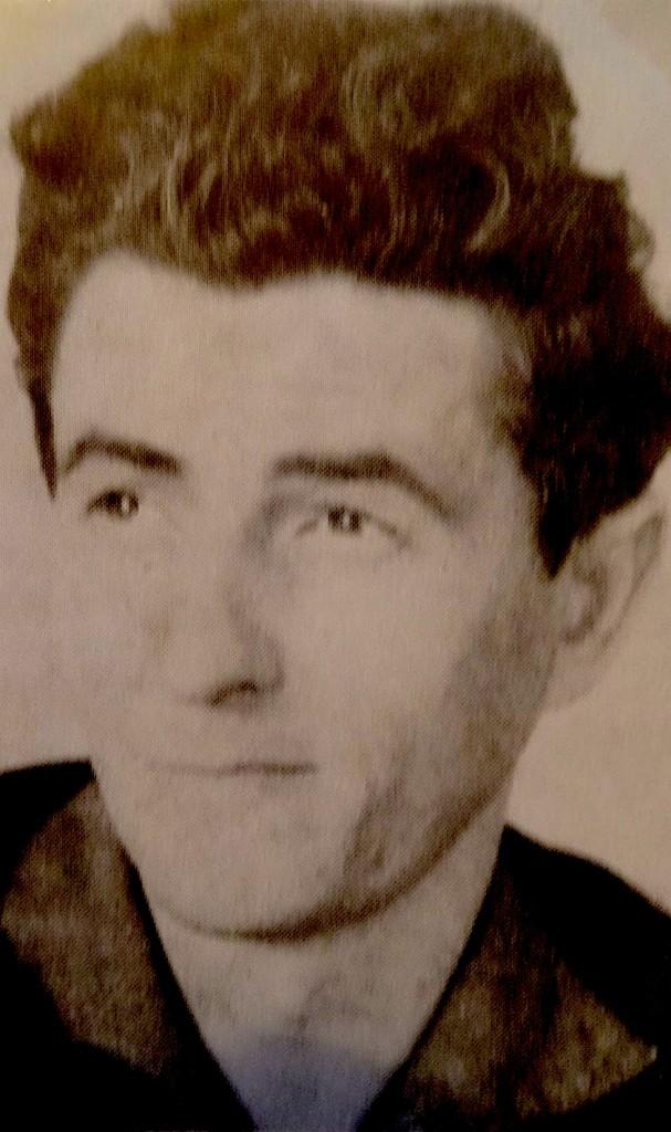 Shkrimtari Anton Pashku (1938-1995)