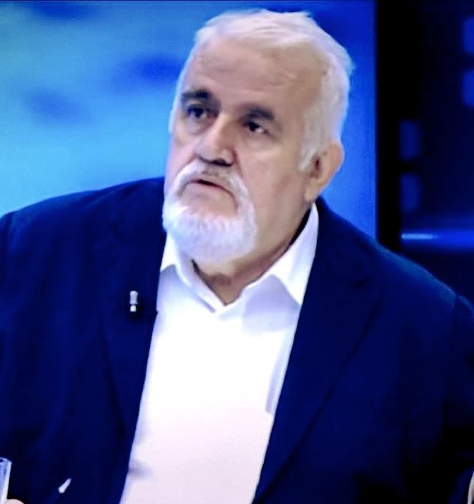 Gazetari Qani Mehmedi