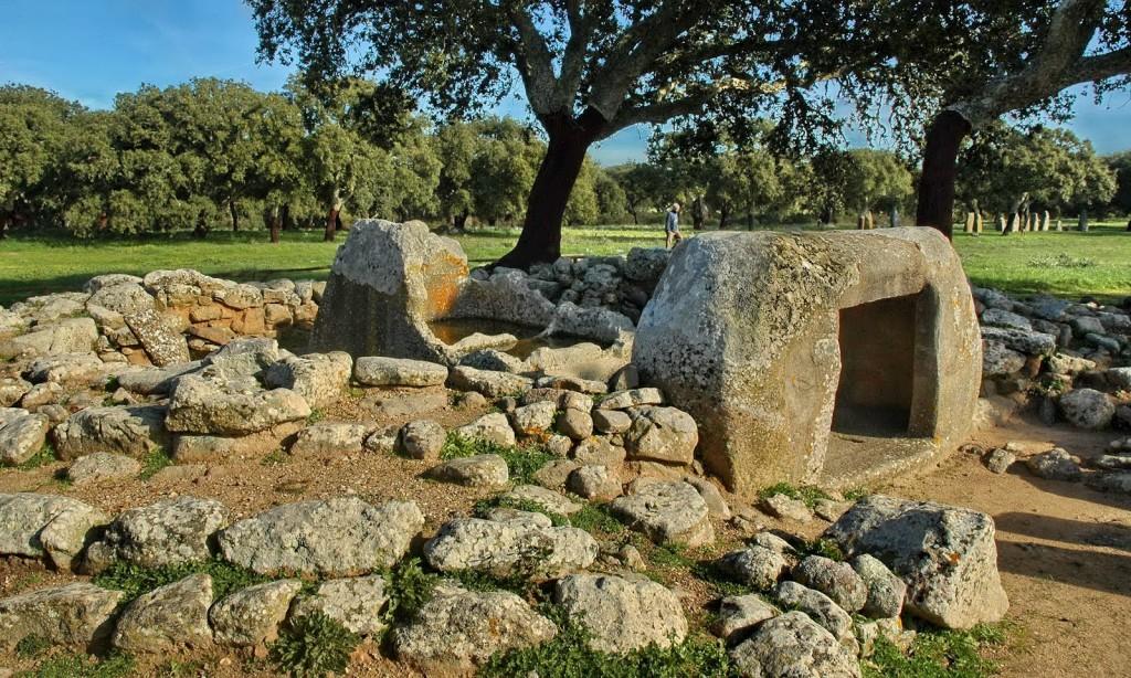 Sardenja bijë e pelasgëve megalitikë