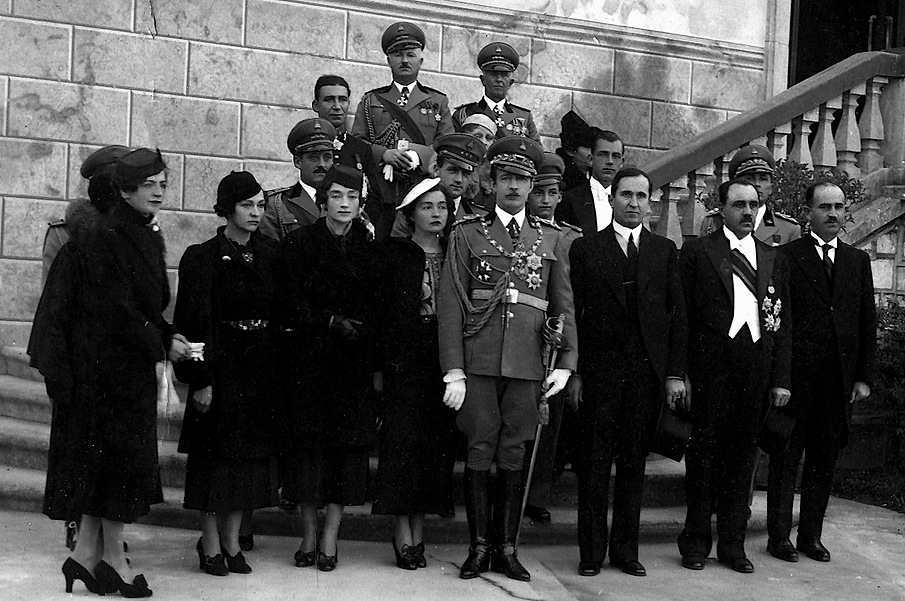 Koço Kotta dhe shtetarë në audiencë të mbreti Zogu i I