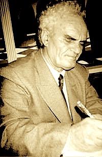 Shkrimtari Agim Shehu