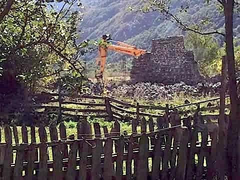 Fadromat shkatërruese të kullës së Prekë CalitFadromat shkatërruese të kullës së Prekë Calit