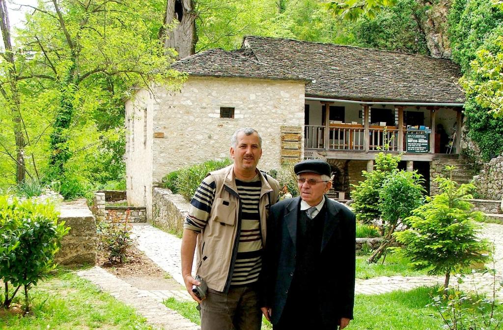 Dhimitraq Tasho & Jozef Radi - Janinë 2006 - Shtëpia e Ali Pashës në ishull