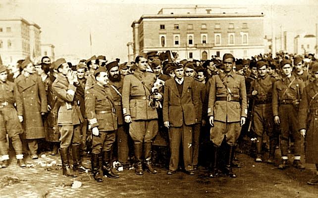 Qeveria e Enver Hoxhës në Tiranë, 28 nëntor 1944