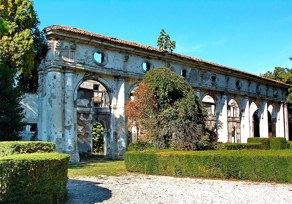 Çfarë ka mbetur sot prej vilës Ivancich