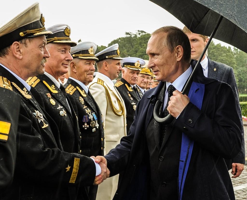 Vladimir Putin dhe Admiralët e Flotës Ruse