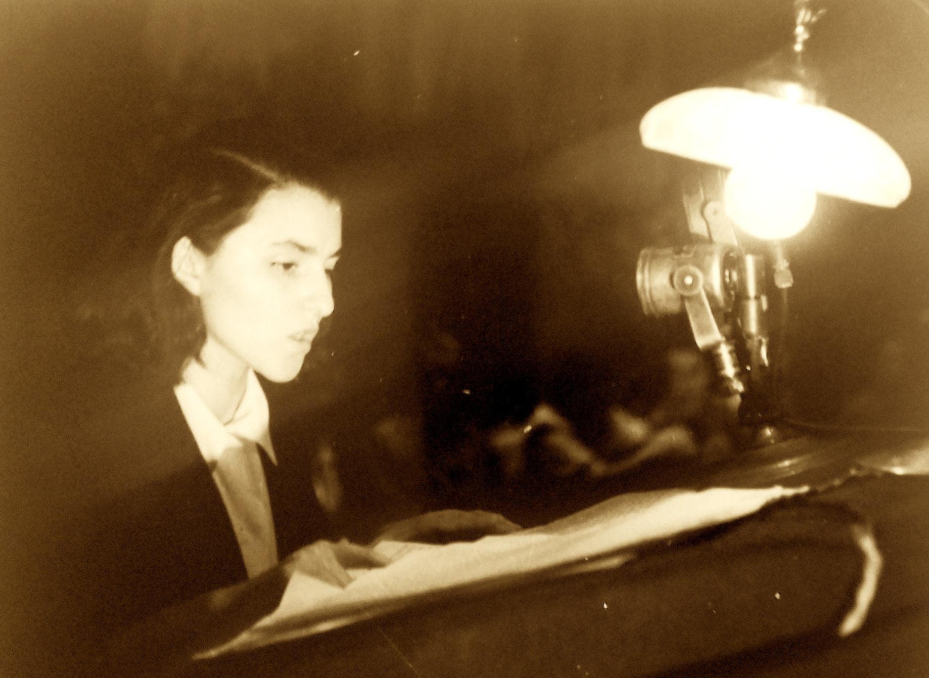 Liri Belishova në rininë e saj