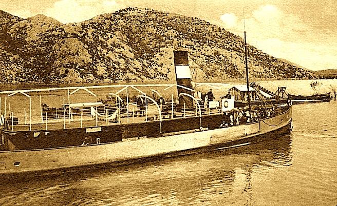 Vapori Neptun - në Liqenin e Shkodrës