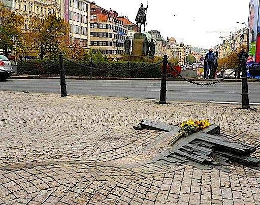 Memoriali i Jan Palach - Sheshi Vençeslav Pragë