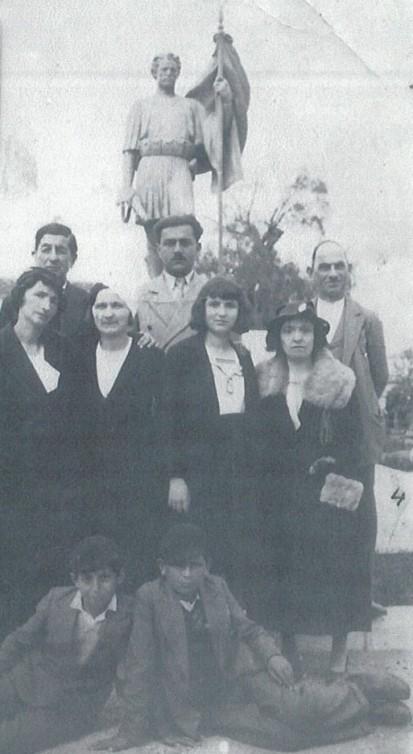 Jahja Domnori, ditën e Pashkës 1935.