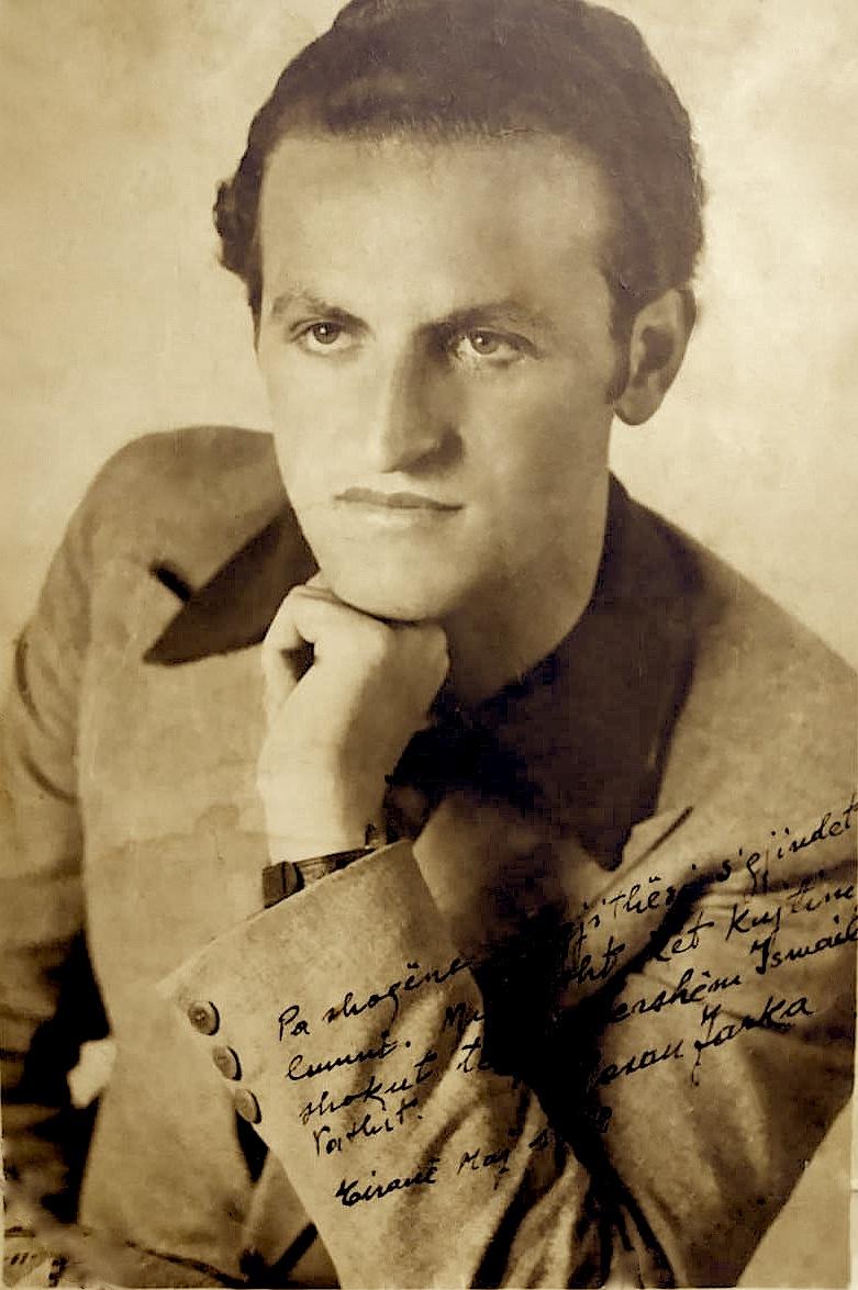 """Hasan Farka, - 1939 - """"Pa shoqëni, në gjithësi s'ka lumni. Miqësisht, kët kujtim shokut tim të përhershëm,Ismail Vathit."""