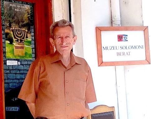 Ideatori i Muzeut Solomon - shkrimtari Simon Vrusho