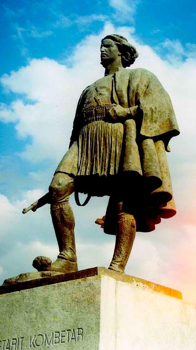 Odise Paskali - Statuja e Luftetarit Kombtar