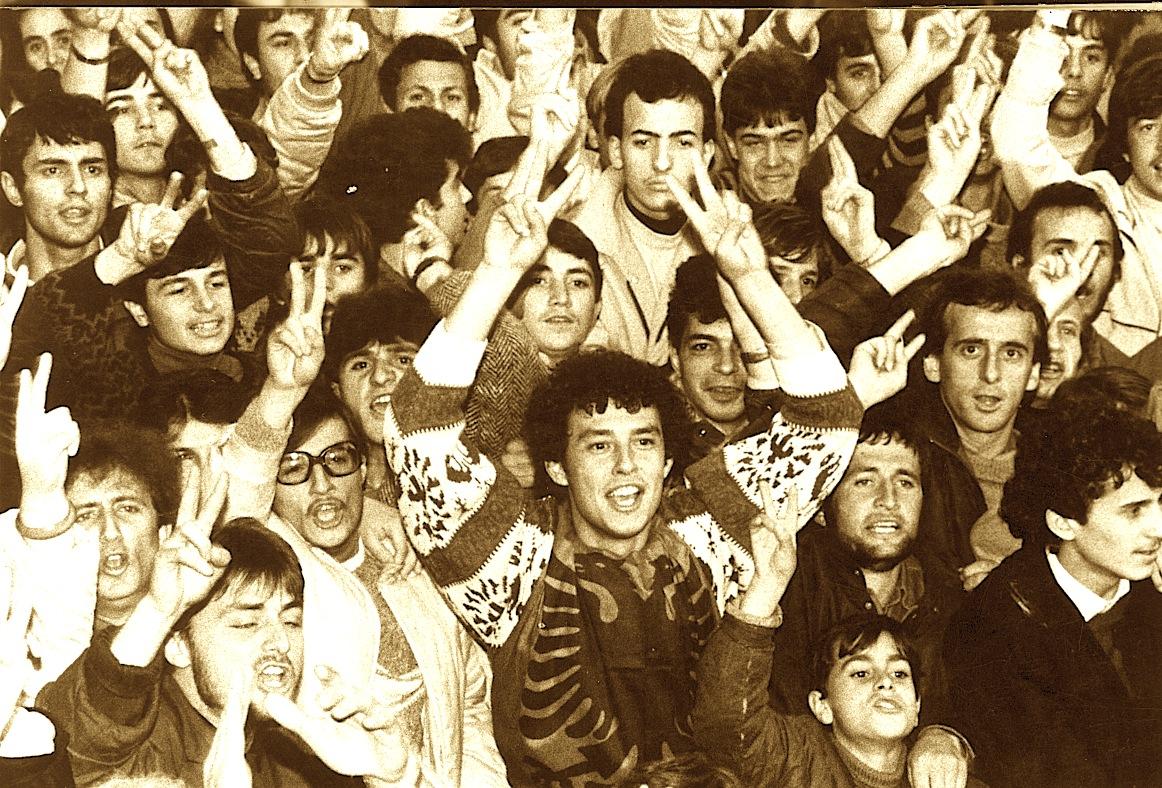 Studentët - Dhjetor 1990