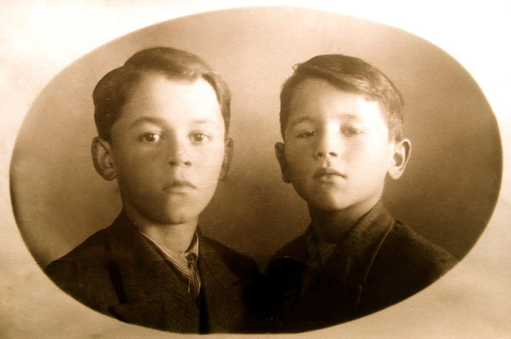 Vëllezërit Gjergj dhe Petro Zheji-2