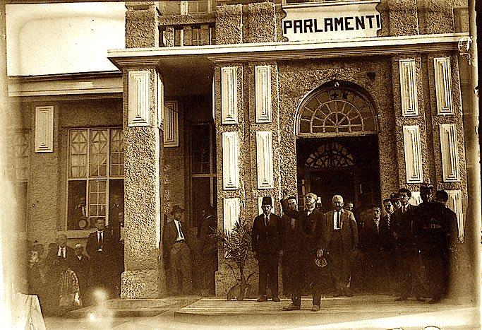 Parlamenti i Parë Shqiptar