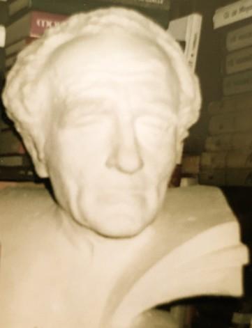 Hekuran Zhiti - Skulpturë
