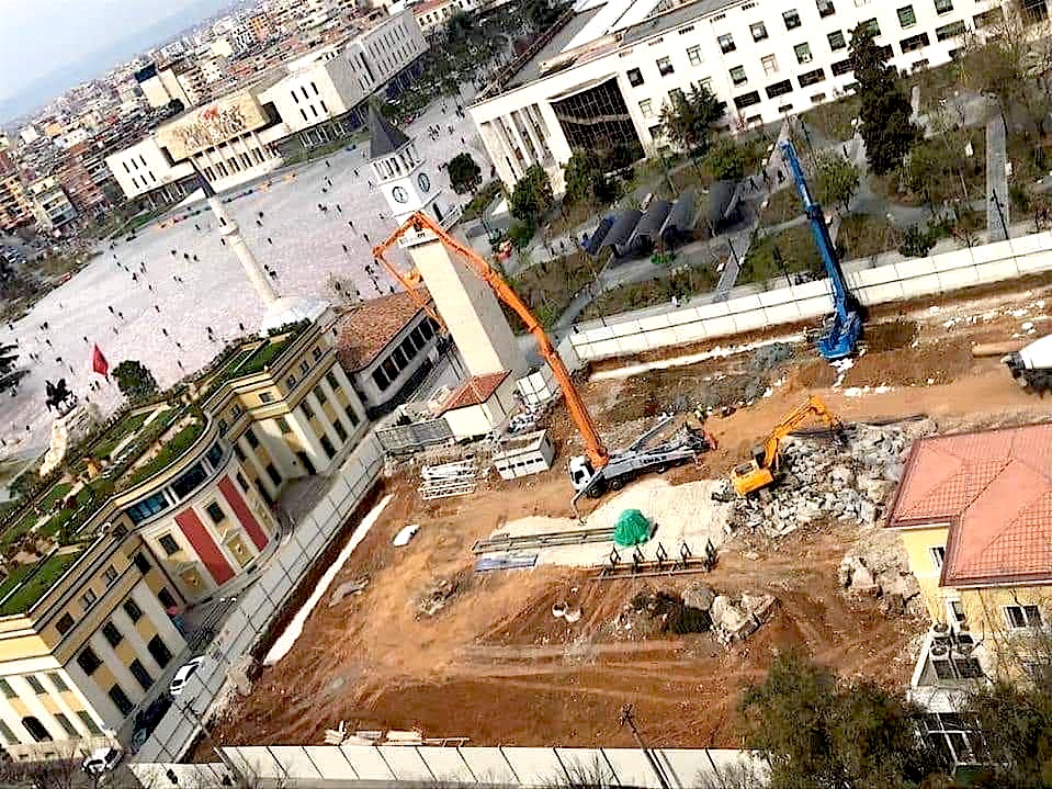 Qendra e Tiranes para Betonimit