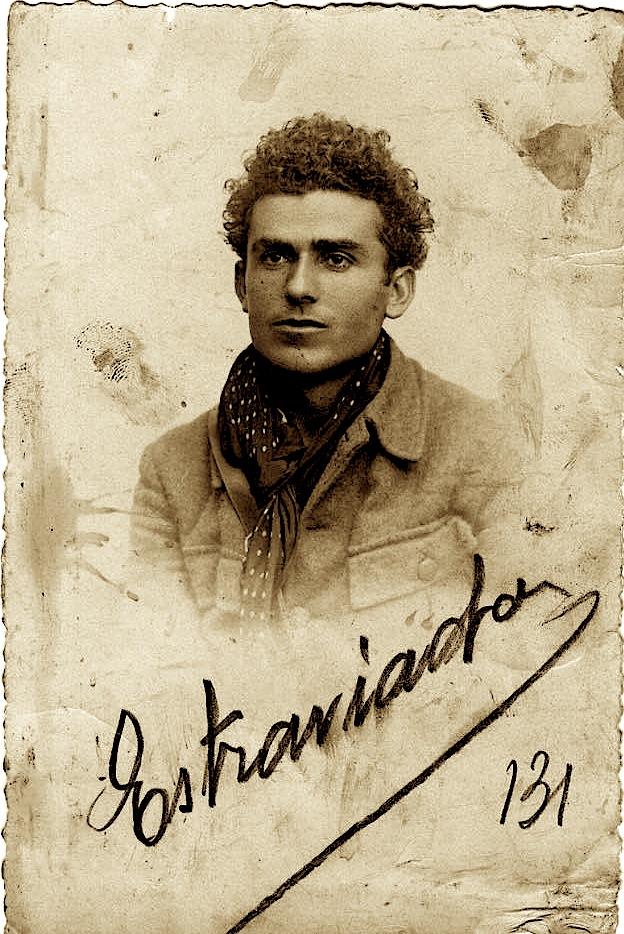 Petro Marko në rininë e tij