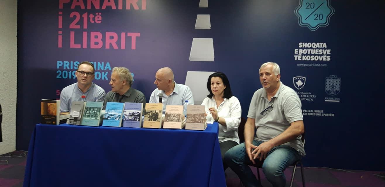 Agron Gashi, në promovim e veprës së Lazër Radit në Panairin e Librit 2019