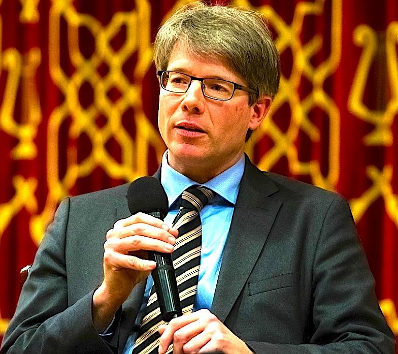 Prof. Oliver Jens Schmitt