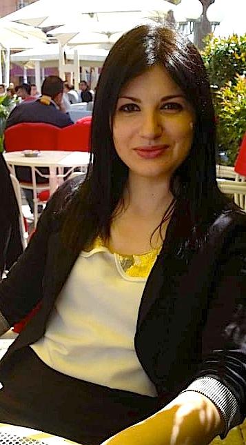 Dr. Denisa Tare